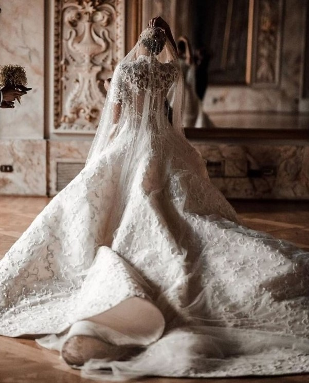 Bride - Camila Carril. Photographer Tali_Photography. Dress Ashistudio